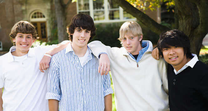 Teen-guys-on-campus